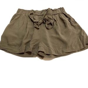 🌻 Ambiance Apparel Olive Green Cute Flowy Shorts